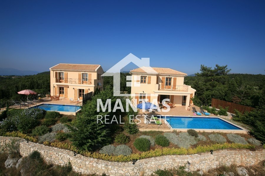 Two villas with pools for sale in Pekulari nearby Fiskardo - 800.000€(code Μ-889)